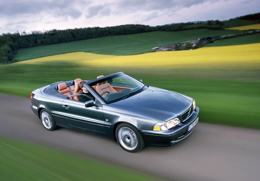 2002 volvo c70 convertible review