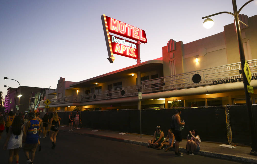 downtowner motel las vegas reviews