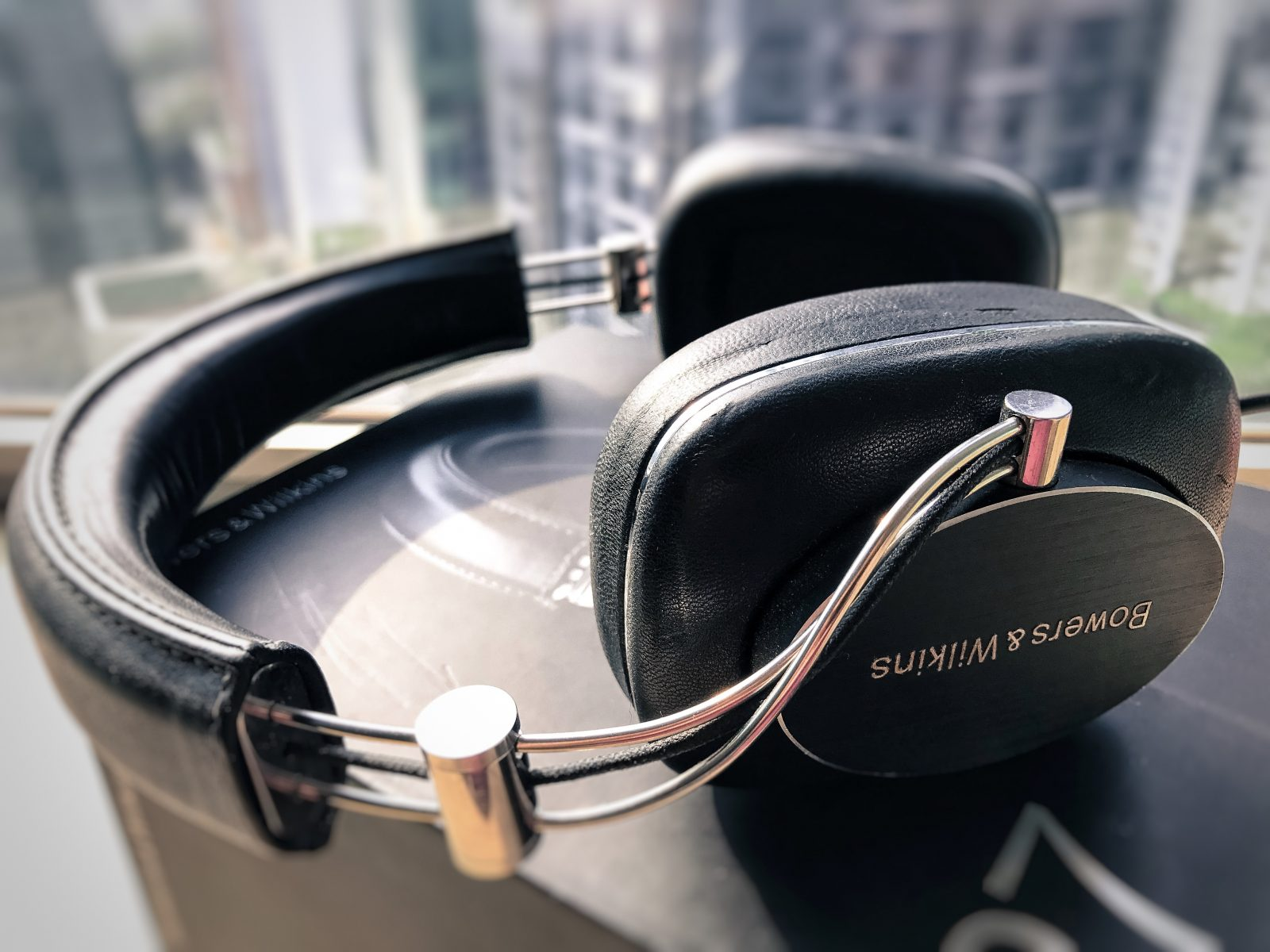 bowers and wilkins p7 wired review