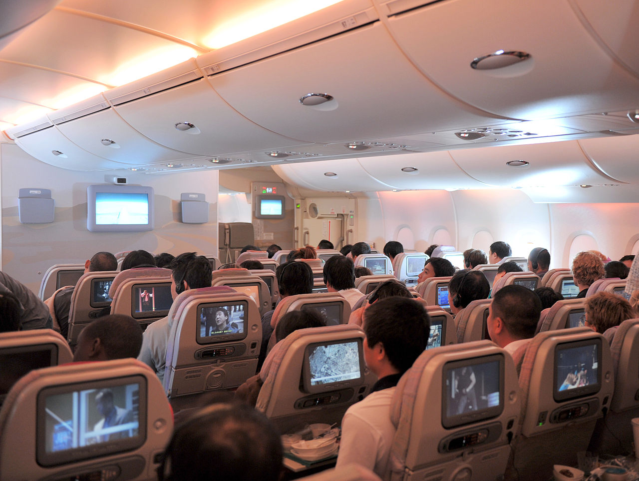 emirates airbus a380 800 economy class review